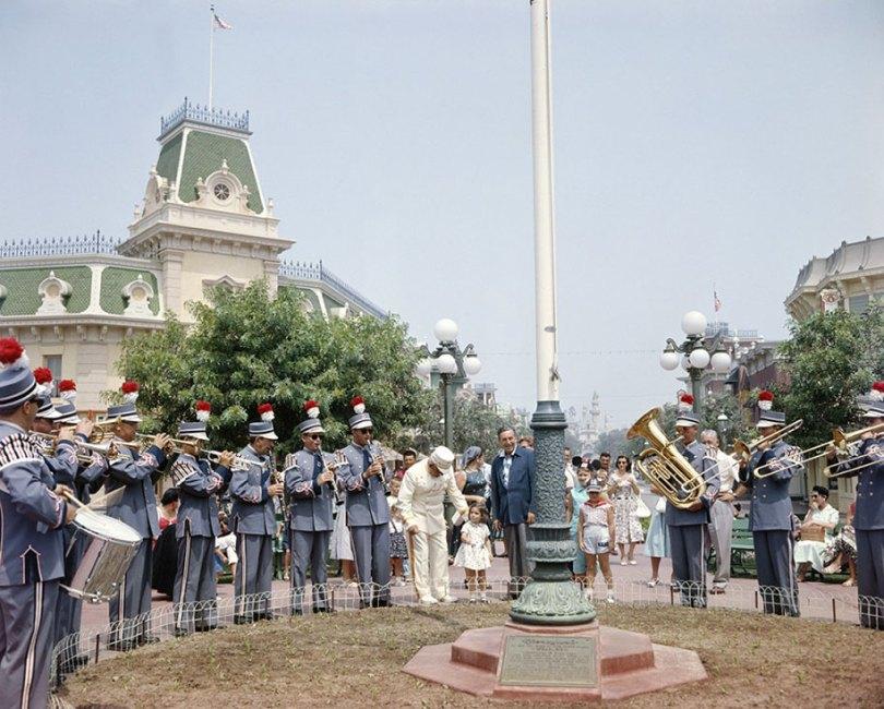 disneyland opening day 1955 18 - Dia de abertura da Disneylândia em 1955