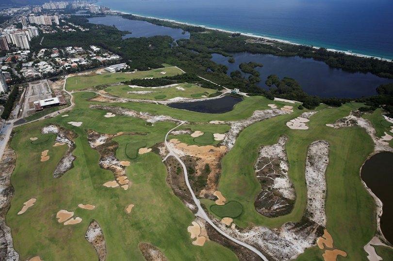maracana olympic facilities fall apart urban decay rio 2016 14 - Como ficou o complexo olímpico do Rio 2016 após o evento?