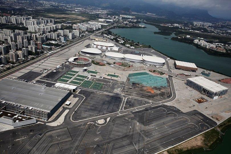 maracana olympic facilities fall apart urban decay rio 2016 15 - Como ficou o complexo olímpico do Rio 2016 após o evento?