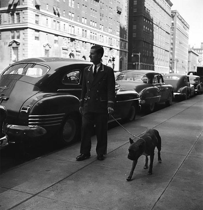 59ad1115a55be vintage photographs new york street life stanley kubrick 7 59a944e679818  700 - Fotos de Stanley Kubrick com 17 anos revela que ele sempre foi um gênio