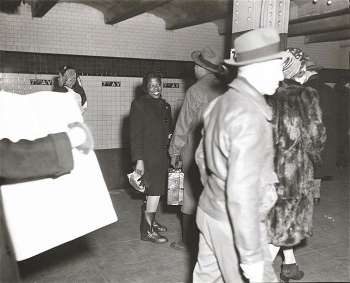 59ad11171c245 vintage photographs new york street life stanley kubrick 15 59a95063450f2  700 - Fotos de Stanley Kubrick com 17 anos revela que ele sempre foi um gênio