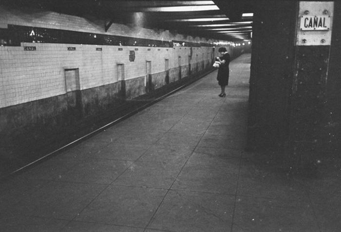 59ad111942669 vintage photographs new york street life stanley kubrick 48 59a91cf18f82a  700 - Fotos de Stanley Kubrick com 17 anos revela que ele sempre foi um gênio