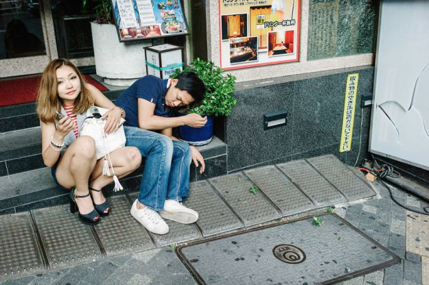 59c238902c507-drunk-japanese-photography-lee-chapman-12-59c0c51c19093__880 10+ Uncensored Photos Of Drunks In Japan Show The Nasty Side Of Alcohol Photography Random