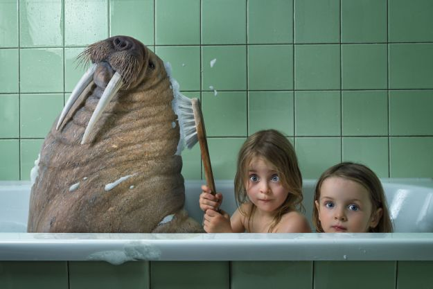 5a8ae4e841962-My-profession-is-IT-but-my-passion-is-photography-and-3D-5a8537107d7d7__880 Artist Makes Crazy Photo Manipulations With His Three Daughters And Son, And Here Are The Results Photography Random