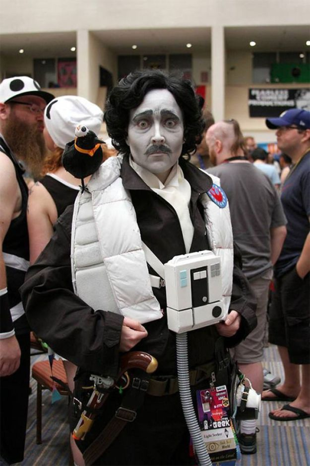 5ac5c8a822ab5-pun-cosplay-ideas-4-5abcaaaf18930__700 20+ Pun-tastic Costumes You'll Have To Look At Twice To Understand Random