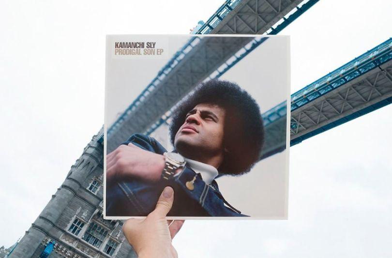 5accb881c0ef1 Photographer does tour in London by registering the location of the iconic reggae vinyl album covers 5ac72ba3e49f4  880 - Fotógrafo passa 10 anos rastreando os locais originais das capas de vinil