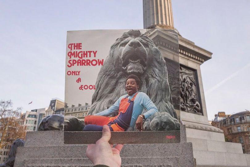 5accb8837874c Photographer does tour in London by registering the location of the iconic reggae vinyl album covers 5ac72ba6a88ca  880 - Fotógrafo passa 10 anos rastreando os locais originais das capas de vinil