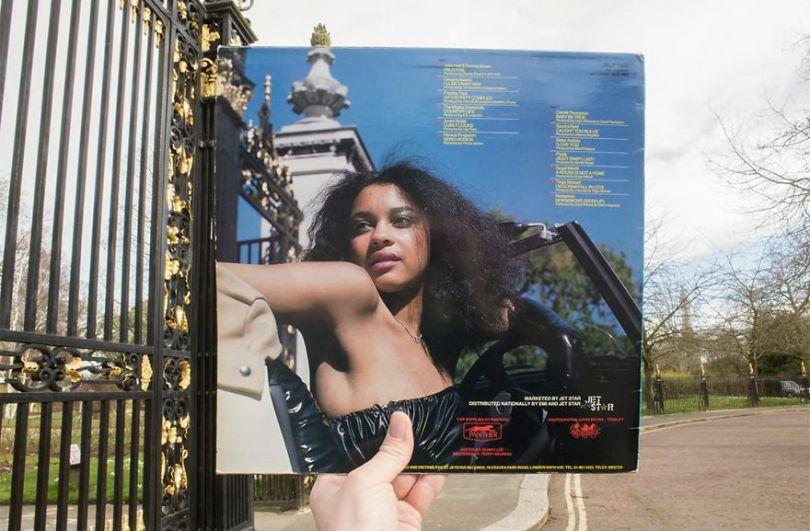 5accb88d5f2bc Photographer does tour in London by registering the location of the iconic reggae vinyl album covers 5ac72bfdb1421  880 - Fotógrafo passa 10 anos rastreando os locais originais das capas de vinil