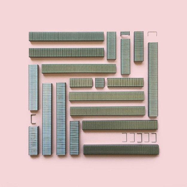 organizing-the-circle-series-kmsalvagedesign-kristen-meye-1r-3 Artist Arranges Everyday Objects To Make Perfect Art Pieces Art Random
