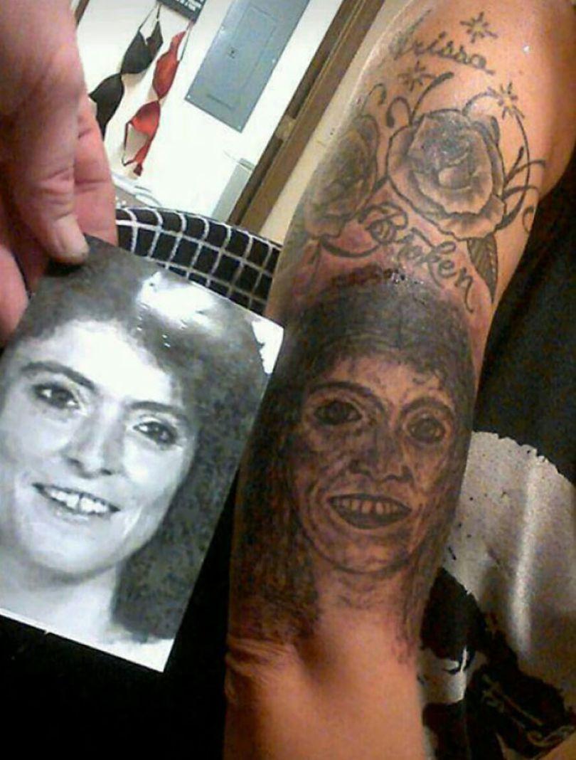 5b2365818ae75 funny worst tattoo fails 13 5b19458e5f658  700 - Seleção das piores tatuagens do mundo