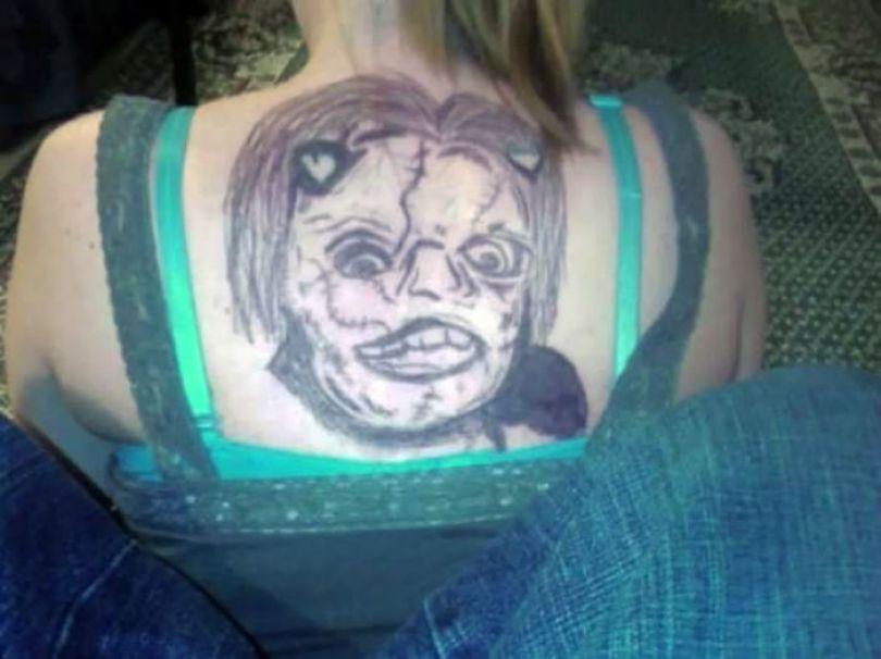 5b2365832da6f funny worst tattoo fails 25 5b1a266e0f045  700 - Seleção das piores tatuagens do mundo