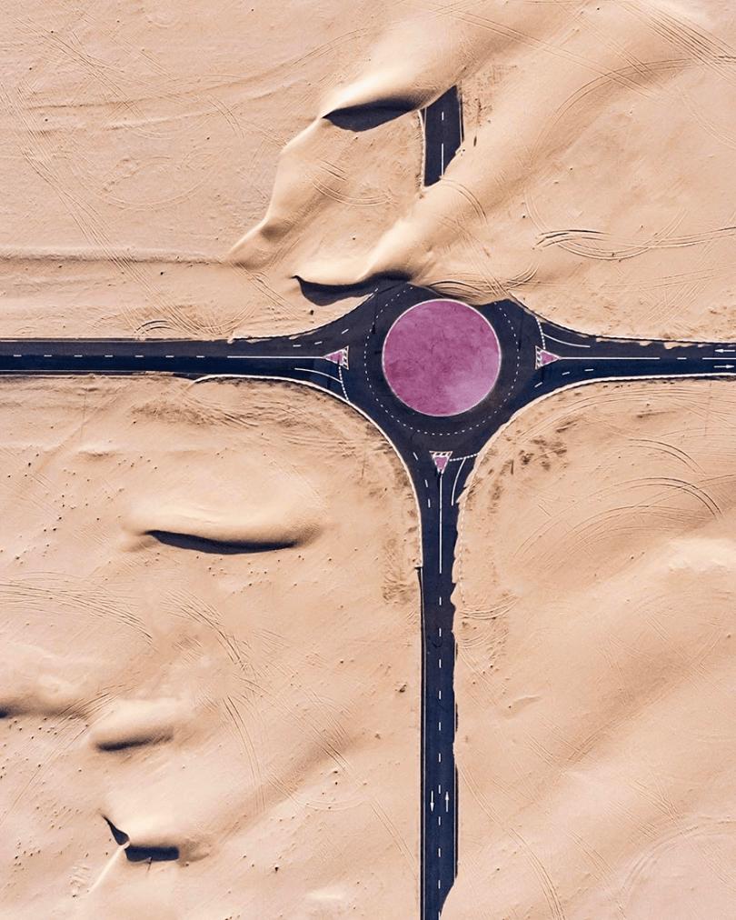 amazing desert aerial photography irenaeus herok 17 - 20 fotos aéreas impressionantes que mostram o deserto tomando conta de Dubai