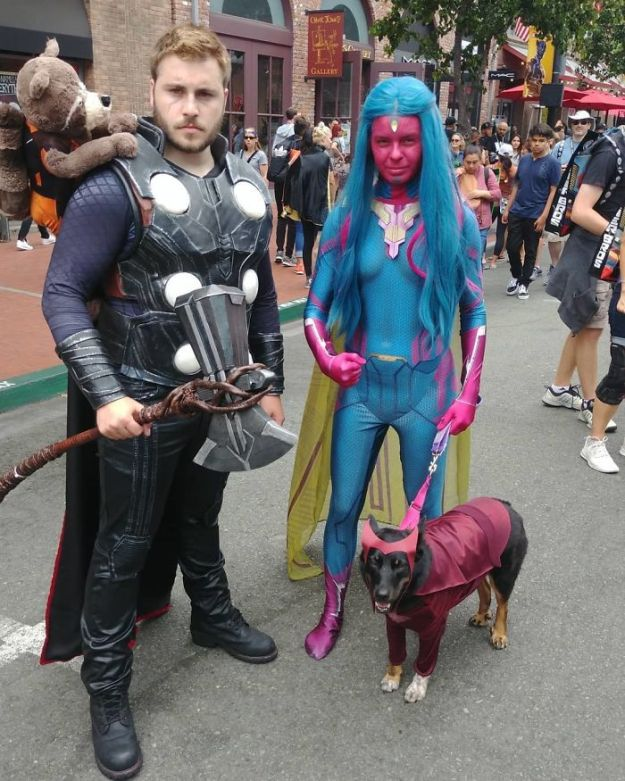 5b5eb685214c9-BleBz9KgFV--png__700 15+ Best Cosplays From The San Diego Comic-Con 2018 Random