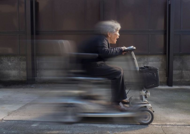 5b72c1763b66f Japanese great grandmother at age 90 continues conquering social networks with her incredible joy of living 5b6ccc2a7a0c4  880 - Senhora divertida de 90 anos tem mais de 200 mil seguidores no Instagram