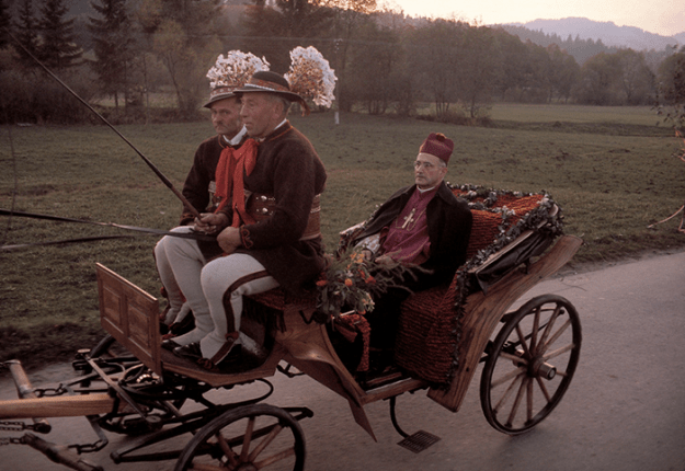 poland-in-early-80s-bruno-barbey-3 In The 1980's, This Photographer Traveled 40,000 Km Around Poland To Photograph Its Daily Life Photography Random