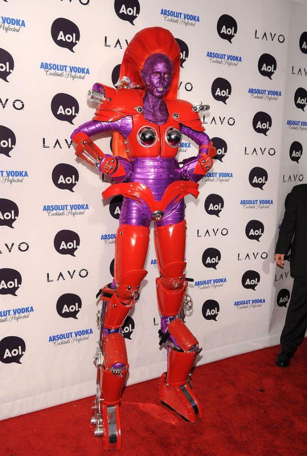 5bdaf52715471-heidi-klum-halloween-costumes-2018-17-5bdaab4721635__700 Heidi Klum Once Again Proves She's The Queen Of Halloween With This Year's Costume Random