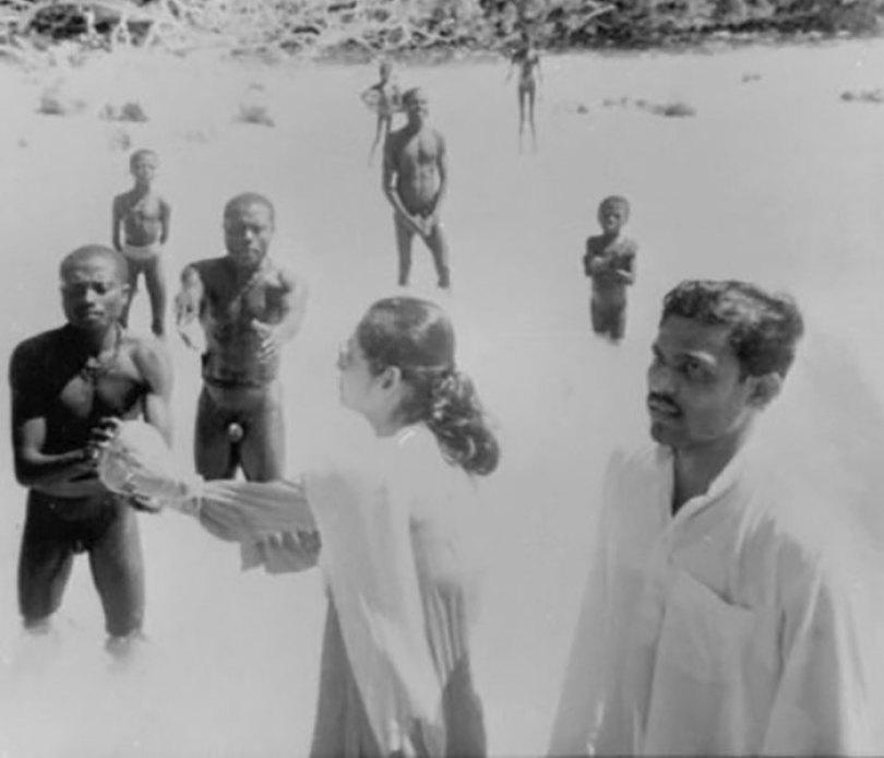 5c12165c88277 isolated tribe sentinel island andaman madhumala chattopadhyay india 6 5c0e401add449  700 - Ilha Sentinela - A ilha proibida!