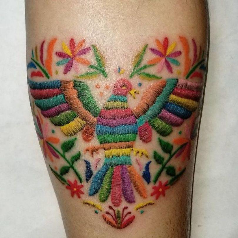 """5cab0301e500e Bvkwr4 A4vI png  700 - 30 tatuagens em estilo """"bordado"""" são lindas e intrigantes"""