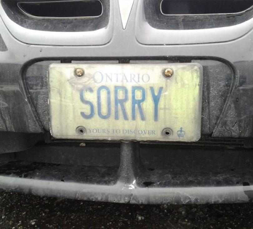 Fonte da imagem:SoundGuyJake (placa de carro)