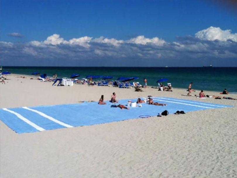 5cfa471069714 interesting funny beach 3 5b6c38809fdc5  700 - Coisas interessantes que as pessoas encontraram na praia