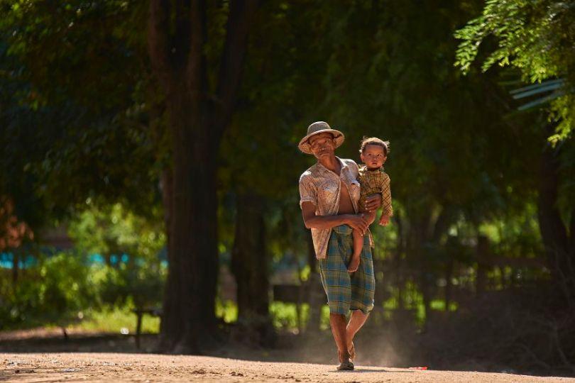 5d56596dde283 Father Myanmar thantzin712 Thant ZinAGORA images 5d518096d7715  880 - 40 fotos apaixonantes e interessantes sobre o Amor