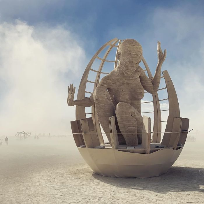 5d6f6c50c0d33 B16ABtBJUrs png  700 - 30 fotos do festival Burning Man Nevada 2019