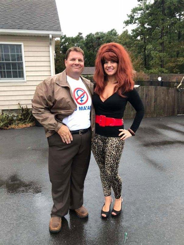 5dba9817dbf4e halloween couple costume ideas 109 5dadaf6ca074d  700 - Casais que apavoraram em suas fantasias para o Halloween