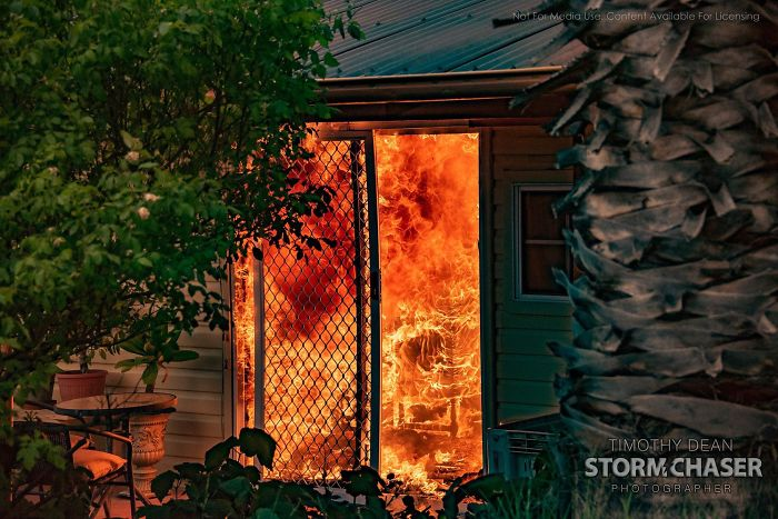 5e1443060fc75 5e12fc1765124 v8m73mcnjx841  700 - Internet compatilha 50 fotos que revelam as queimadas na Austrália