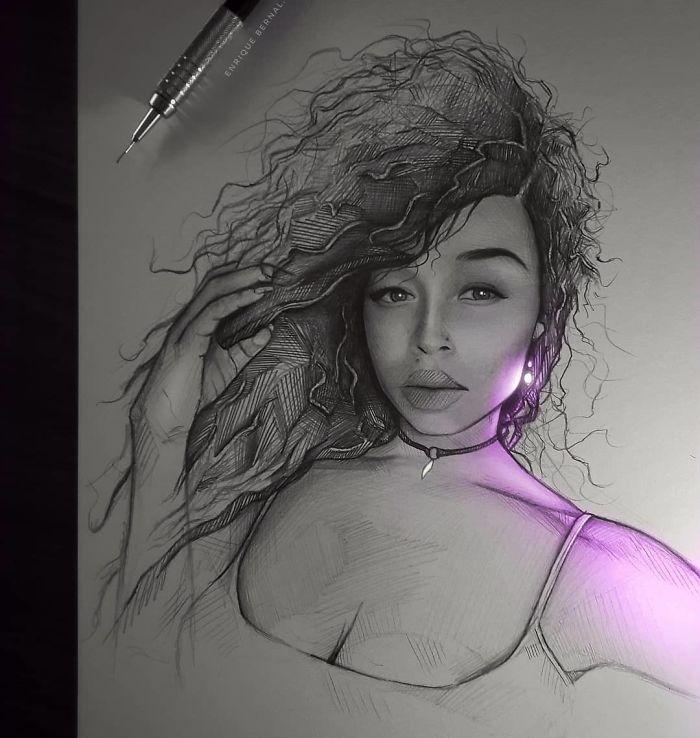 5e4b9f6b10b69 B8kkUu2BYsQ png  700 - Técnica única deste artista faz parecer que seus desenhos estão brilhando