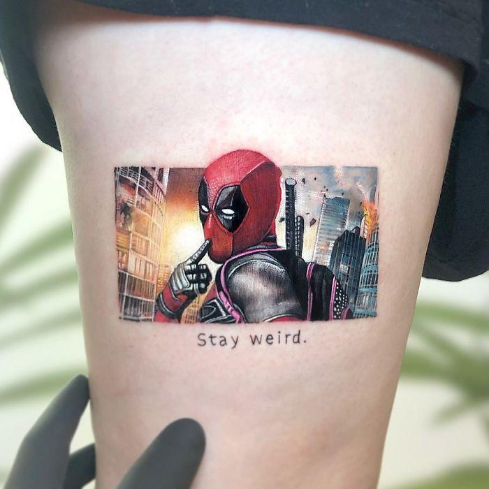 5e689af91a3ff 76894215 549725102455285 7984111083487106224 n 5e674895654d8  700 - Tatuagens minúsculas inspiradas na cultura Pop de tatuador Israelense