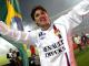 Edmilson, dans une main le Brésil, dans l'autre l'OL (Image FootMercato)