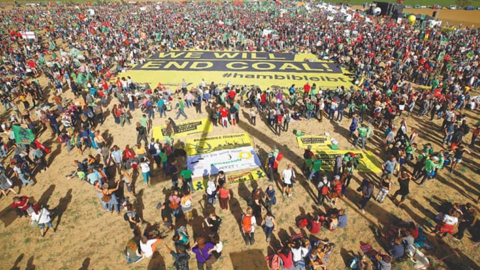 H13 coal protest
