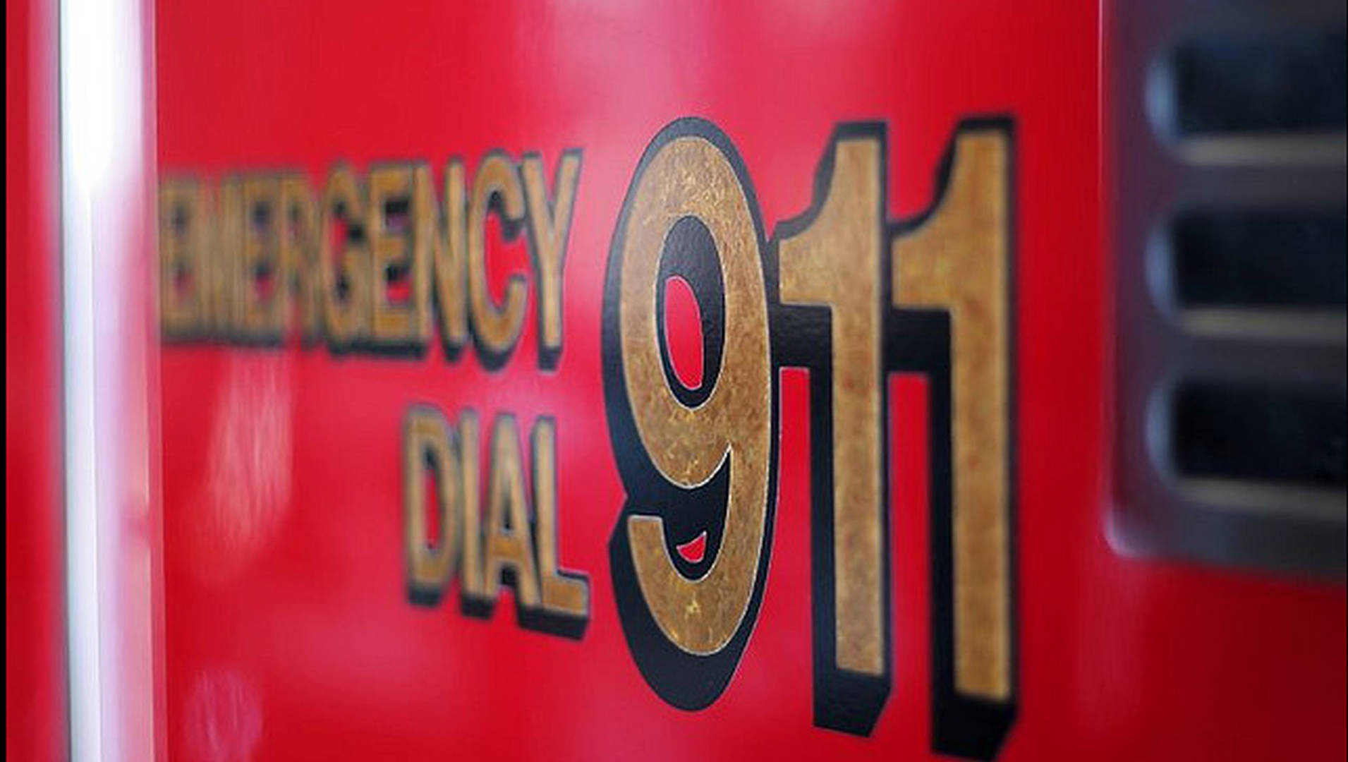 Nyc Suspends Massive 911 System Overhaul To Probe Lengthy Delays 1 Billion Over Budget