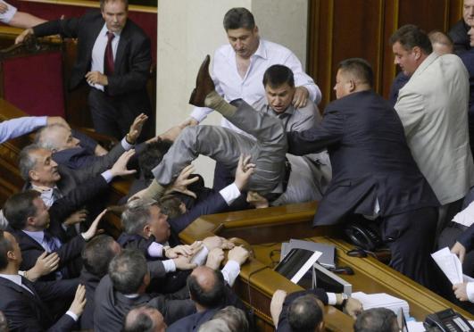 02 rissa-al-parlamento-ucraino