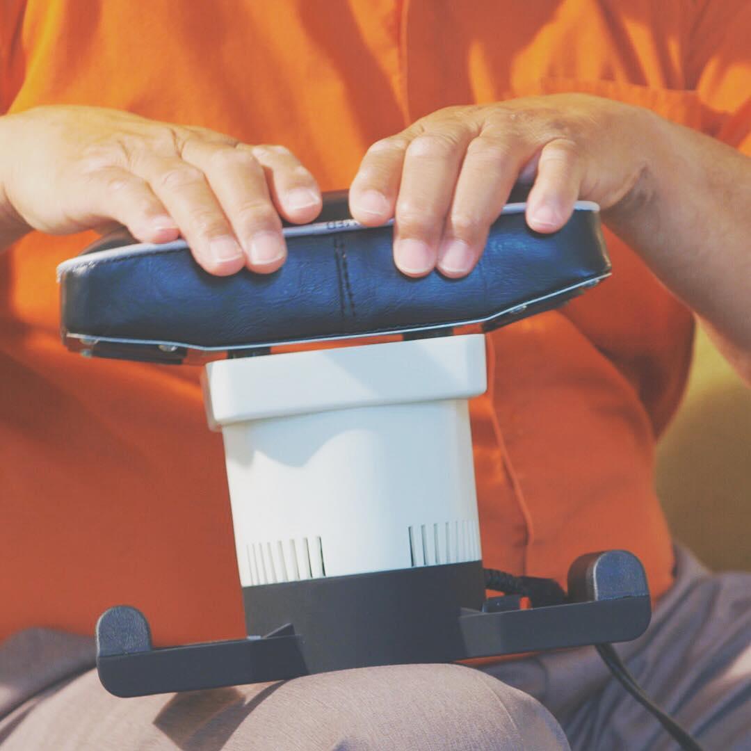 Medmassager Handheld Massage at Costco Kirkland on Costco Furniture Showroom Kirkland Washington id=47473