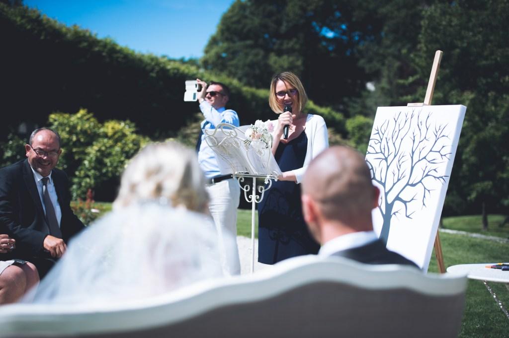 Demoiselle-capeline-wedding-planner- Bretagne- Cérémonie-S-L