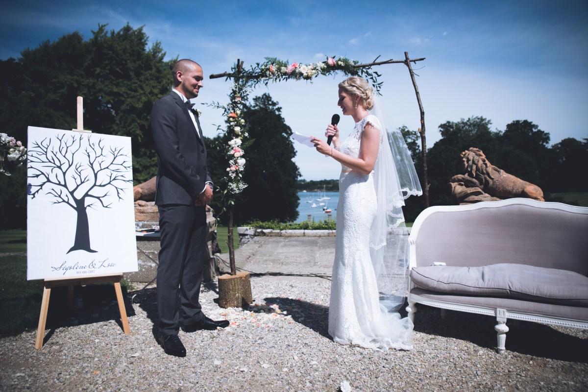 Ségolène et Loïc - Mariage au bord de la rance - Demoiselle-capeline-wedding-planner- Bretagne- Photographe Pyram