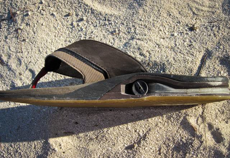 ce95062487e21 Reef sandals bottle opener and flask bonefishing sandals jpg 800x548 Reefs  with flask flops