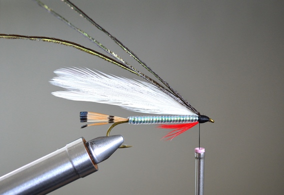 How to tie Shea's Retro Smolt.