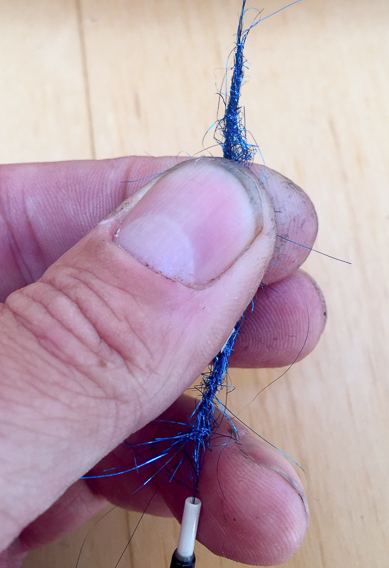fly tying tip- scruff your dubbing6