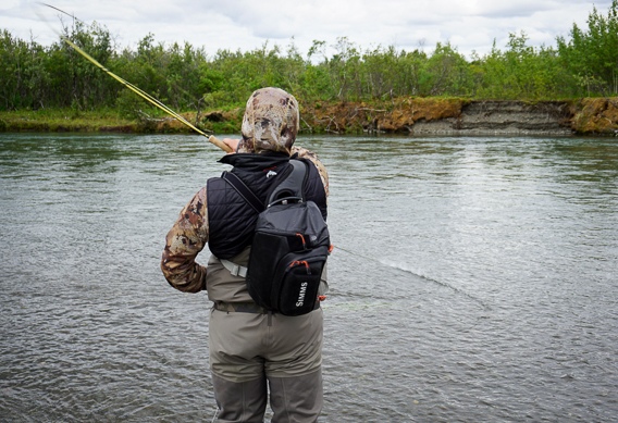 How to set the hook when fly fishing