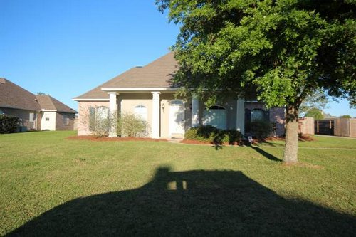 36414 Page Drive Denham Springs LA 70706 Easterly Lakes Subdivision