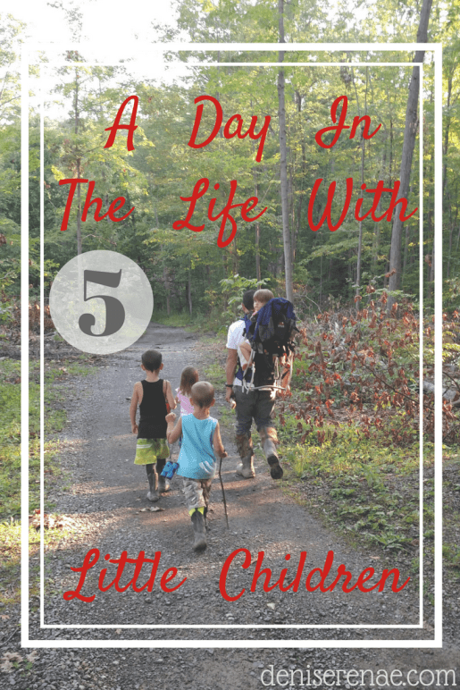 Here is what a day looks like for me as a blogger and a mom of five little children. #momlife #dayinthelife #5children #homeschoolingmom #bloggerandmom