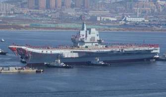 Çin İlk Yerli Uçak Gemisini Suya İndirdi