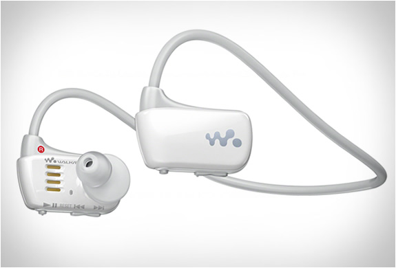 sony-waterproof-walkman-5