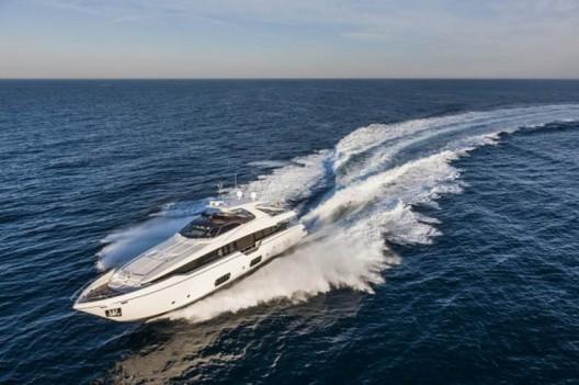 Ferretti-960-Yacht11-528x351