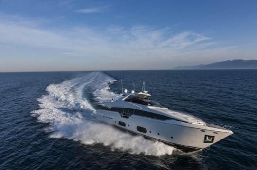 Ferretti-960-Yacht5-528x351