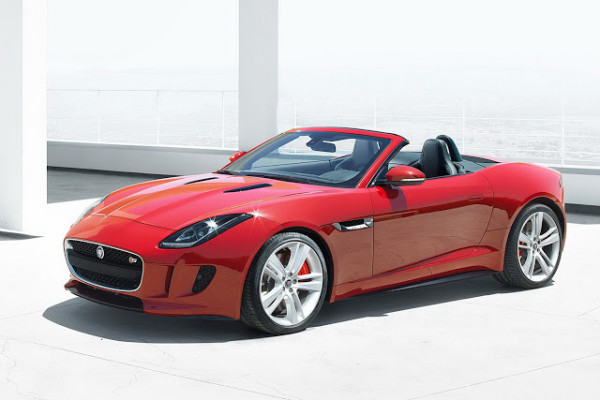 2013-Jaguar-F-Type-29[4]