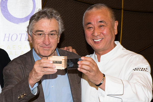 De-Niro-Nobu-Sake-Ceremony-Photo-by-Erik-Kabik