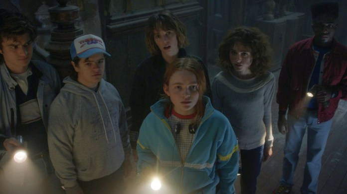 "Stranger Things: ""Absolutely Epic"" Season 4 to Premiere in 2022 - Den of  Geek"